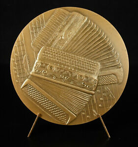 Medal-L-039-Accordion-Music-Instrument-Music-1976-72-mm-Medal