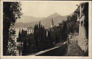 Varenna-Lago-di-Como-Comer-See-franierte-AK-1925-Teilansicht-Panorama-Berge-See