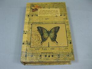 Libro-con-rosas-de-ataud-CAJA-DE-REGALO-alhajera-33-cm-x-22cm