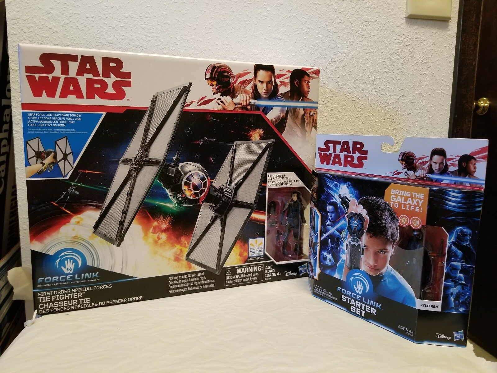 Star Wars Force Link First Order Special Forces Tie Fighter With Force Link...