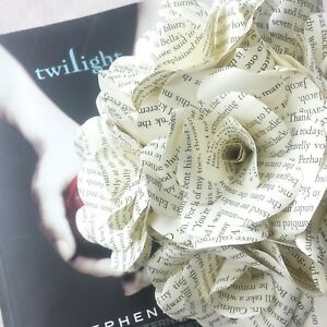 6 X Twilight Saga Book Page Paper Flower Roses Handmade Paper
