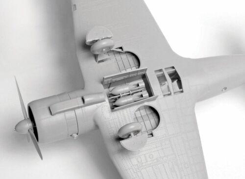 UdSSR 1:48 Zvezda #4805 Sukhoi Su-2 Soviet Bomber USSR