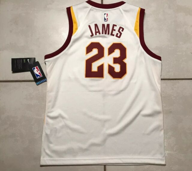 2a946f534 NWT NIKE SWINGMAN Cleveland Cavaliers Lebron James NBA Jersey Youth Large