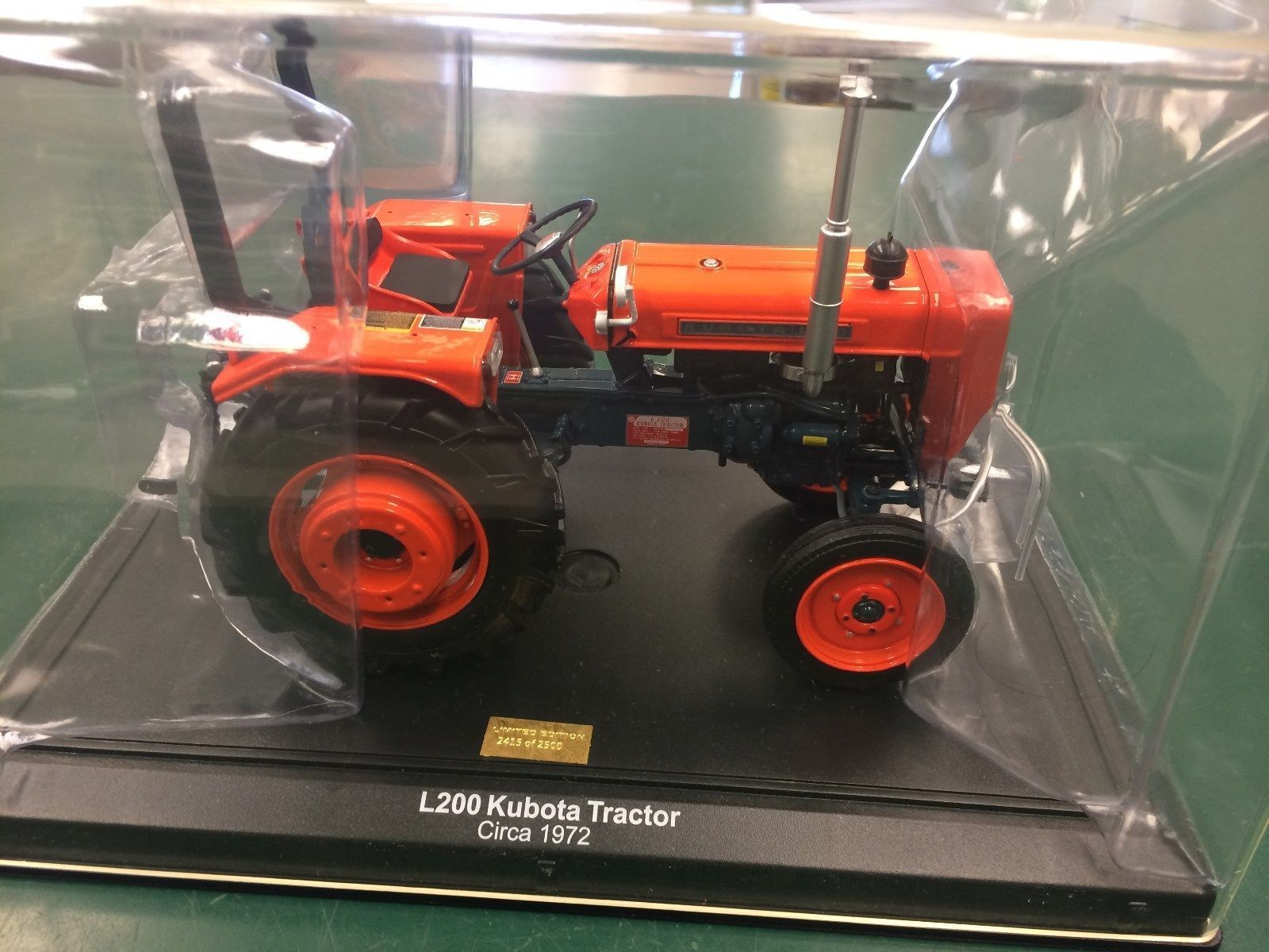 Rare Kubota L200 1 16 precision detail Collectors limited edition tractor 1 2500