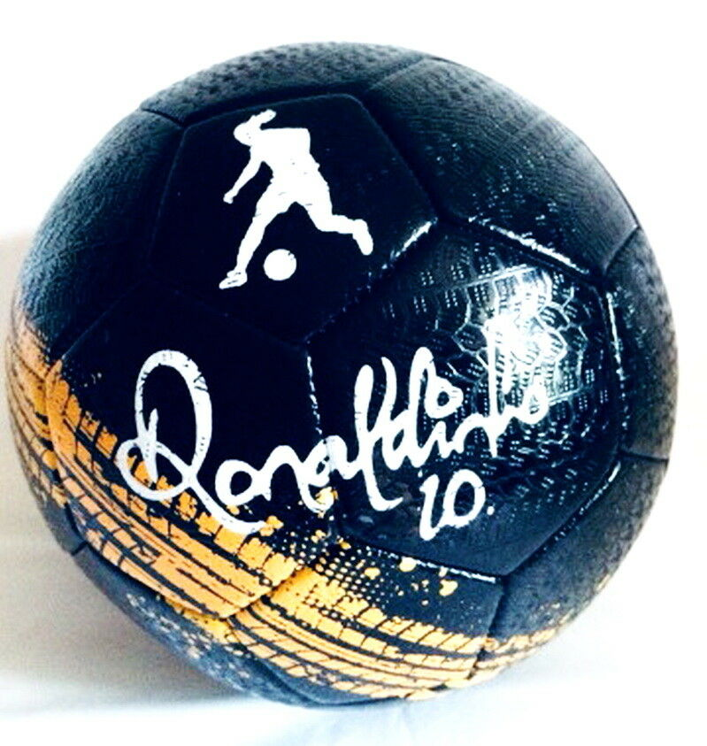 Street football freestyle soccer BALL Limited edition only in Russia Ronaldinho