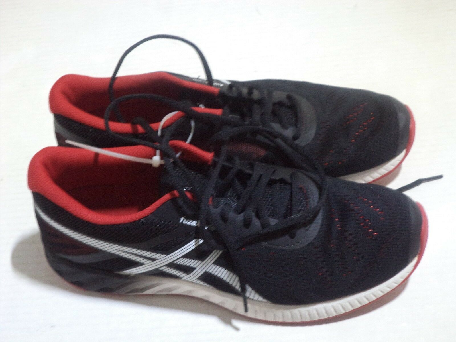 ASICS Men FuzeX Lyte Athletic Running Shoe Size 11 Color Black/Racing Red White