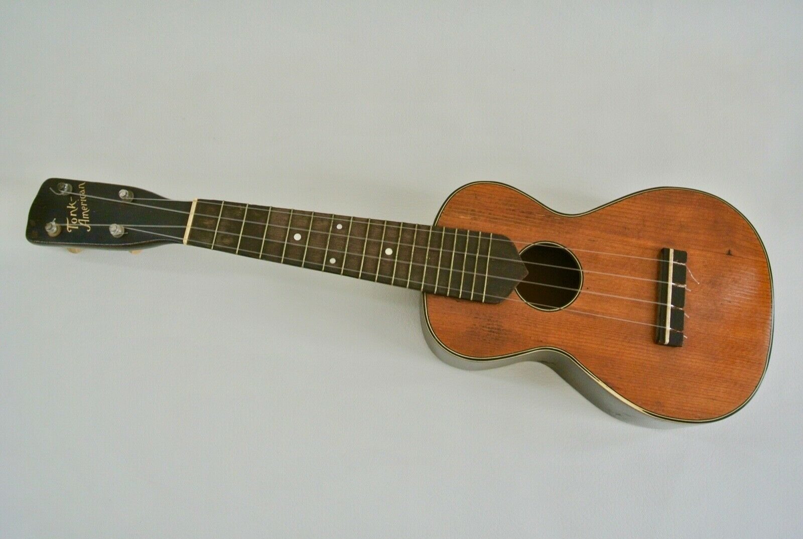 Vintage 1920's Tonk Brothers Soprano Ukulele Rare 17 Frets for Collectors