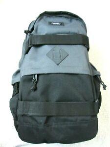 Vans Planned Pack 3 Backpack Skate-pack Grey Black Skate Straps Free Ship NWT