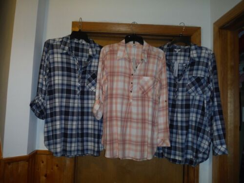 Long Sleeve 1//2 Button front Shirt Blouse Sonoma Light  Peach Plaid NWT LG