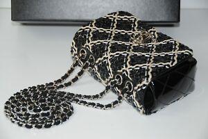 New-CHANEL-Classic-Flap-Bag-MINI-Handbag-Crossbody-Patent-Leather-Black-Chain