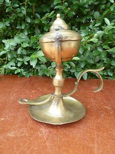 Ancienne Lampe A L Huile En Laiton De Type Bateau Marine Art
