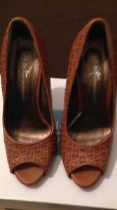 Internacional-Women-039-s-Tan-Peep-Toe-Size-3-36-Shoe