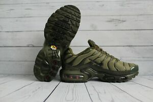 20553cb5aede00 NIKE TN AIR MAX PLUS SIZE 10 ARMY GREEN BOXED NEW LTD ...