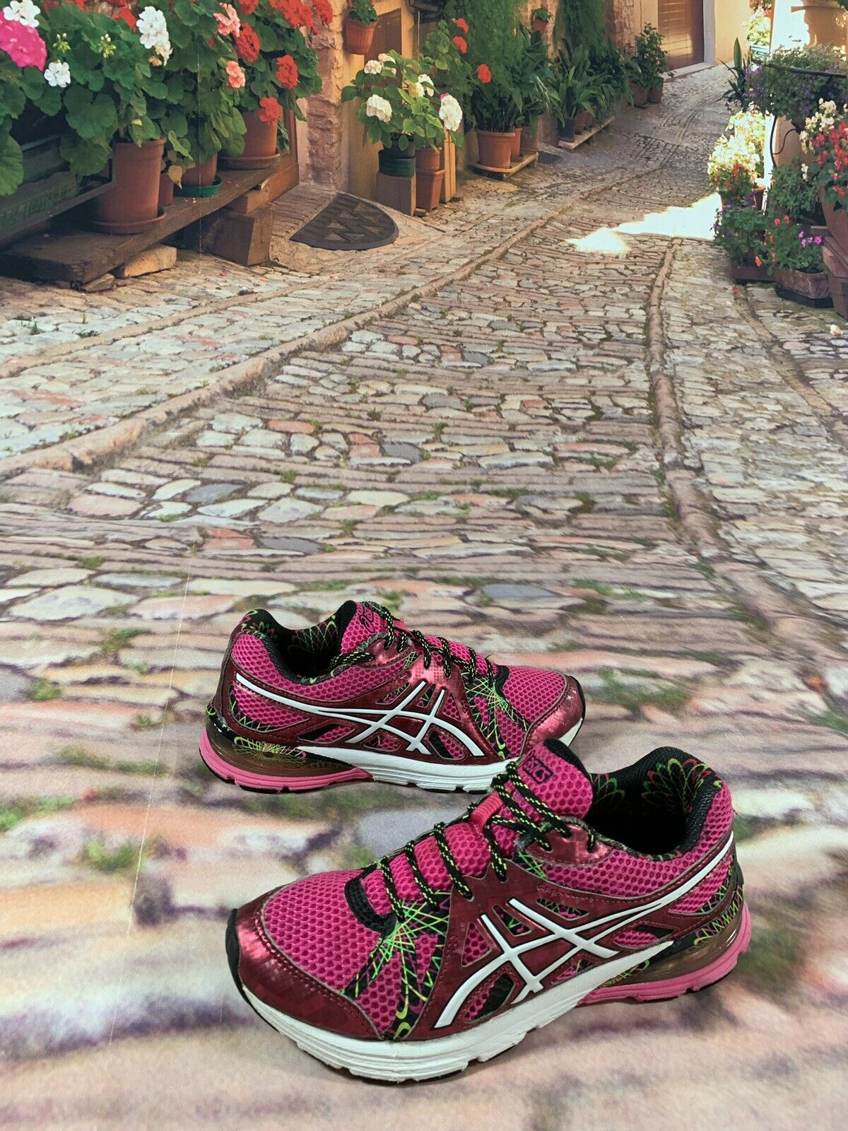 ASICS GEL PRELEUS HOT-PINK Women's Running shoes - Sz 6  T480N