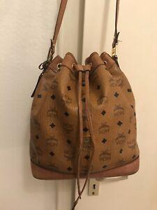 Details zu MCM Heritage Drawstring Bucket Bag Medium