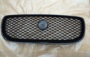 Brand-New-Genuine-Jaguar-XE-Front-Black-Grille