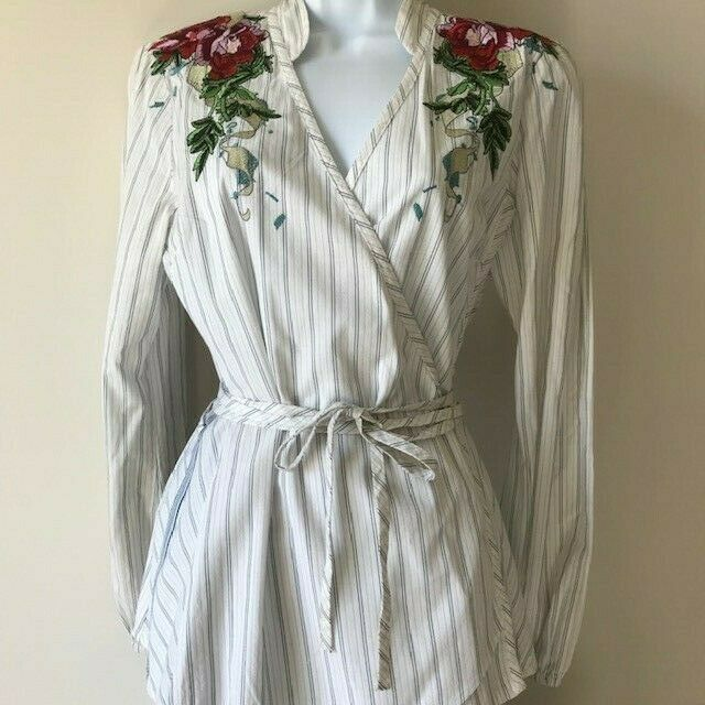 Johnny Was 3J Embroiderot Floral Bohemian Beauty Wrap Top Weiß Ivory Größe Med