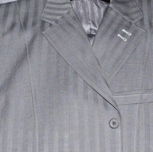 New Men/'s 3 piece Elegant and Classic Stripes Suit 4 Colors  5267v