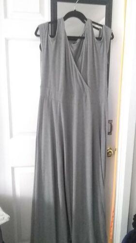 torrid grey maxi dreas size 2