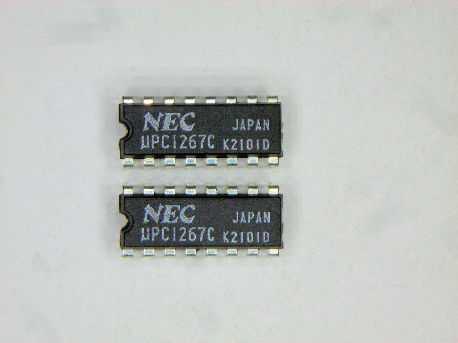 UPC629C circuit intégré DIP-28
