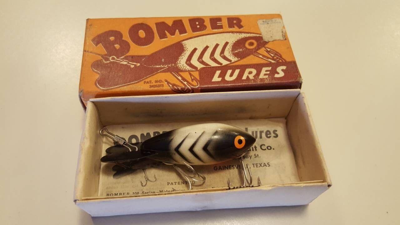Bomber series 300 fishing lure