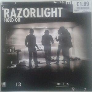 Razorlight - Hold On - single - vinyl - <span itemprop=availableAtOrFrom>Berlin, Deutschland</span> - Razorlight - Hold On - single - vinyl - Berlin, Deutschland