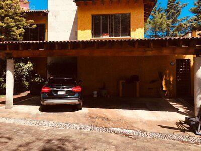 Casa en venta Av. Jesus del Monte El Cortijo casa 4 recamaras
