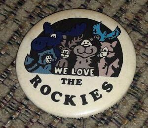 Vtg 1970s PIN We Love the Rockies ROCKY MOUNTAIN travel Souvenir BUTTON pinback