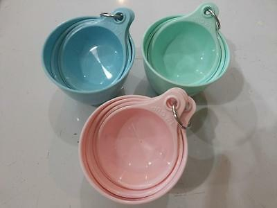 The  Measuring Plastic Cups Set With Ring Holders.