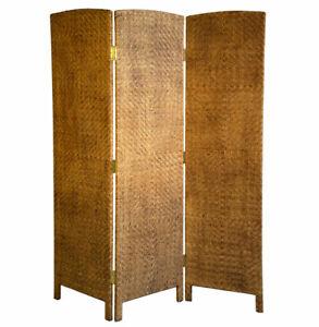 Bedroom-Screen-Divide-In-brown-Water-Hyacinth-Props-Drama-Vintage-Retro-High-end