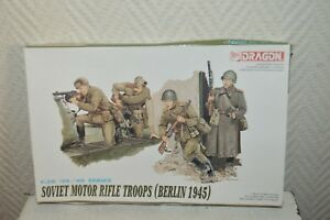 MAQUETTE-50-PIECES-SOLDAT-SOVIET-TROOP-BERLIN-45-DRAGON-WWII-NEUF-1-35-MODEL-KIT