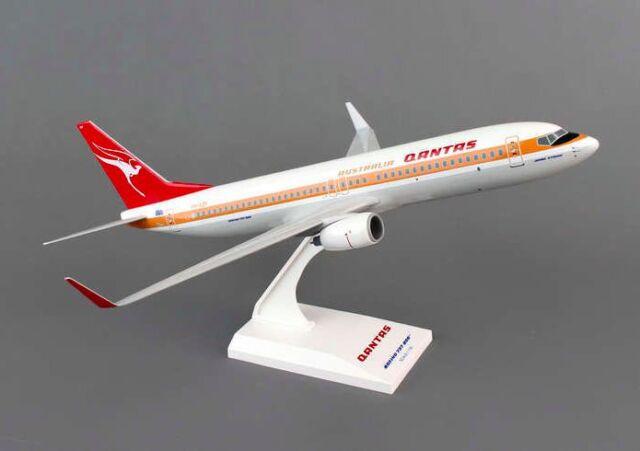 NEW RARE 1/130 Qantas Boeing 737-800