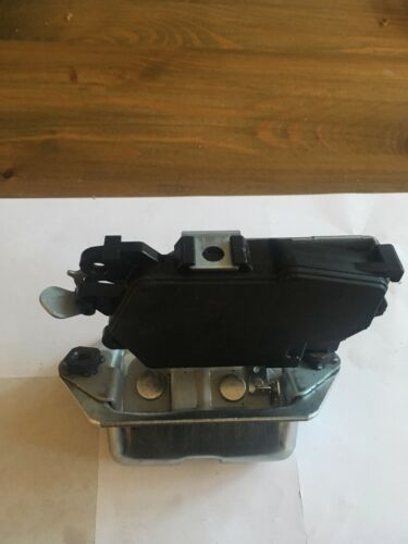 Subaru Forester SG 2002-2008 Tailgate Boot Lock Central Locking Solenoid Motor