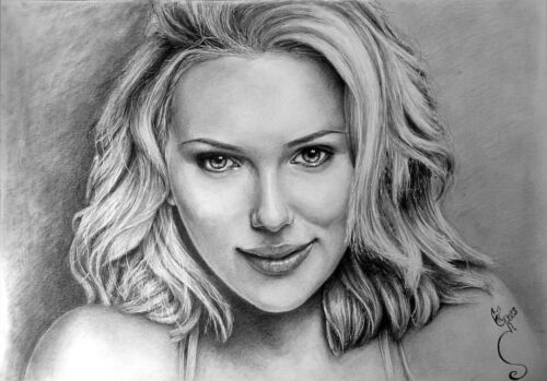 Commission an a4 drawing/ portrait in graphite and pencil from your photo
