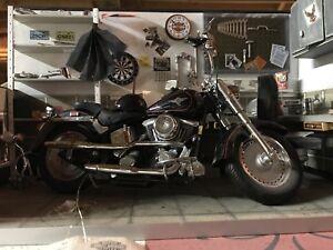 Harley Davidson 1998 Fatboy Motorcycle And Garage Diorama Made By Franklin Mint Ebay