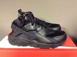 Womens Nike Air Huarache Run Black Leather 634835-012