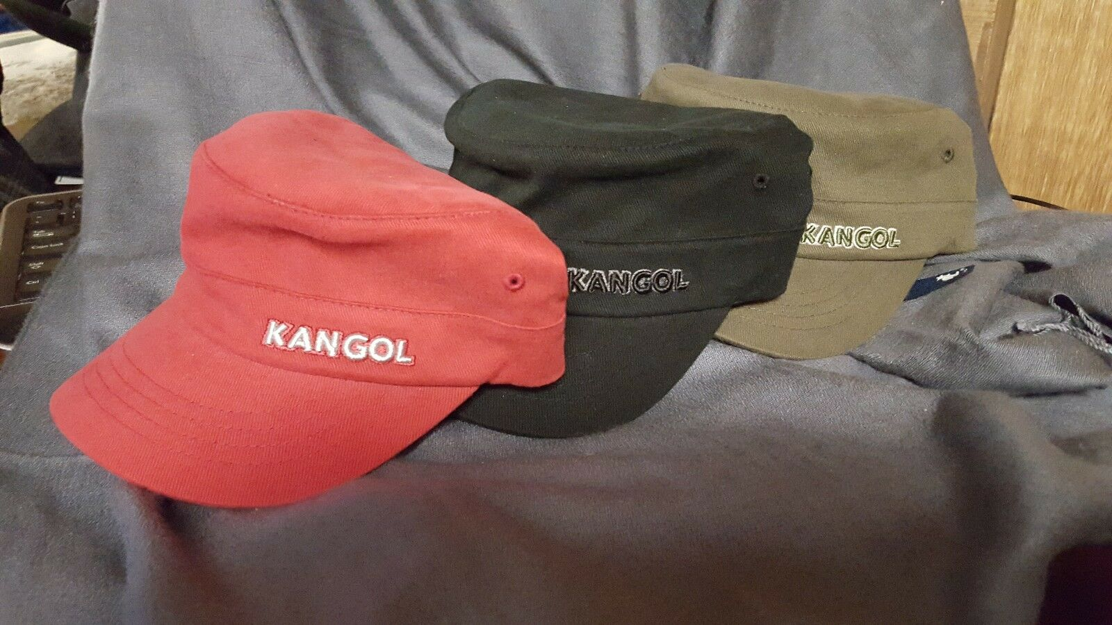 a21d09be645 Kangol Men s Green Army Cap Style 9720BC Cotton Twill Flexfit Size L ...