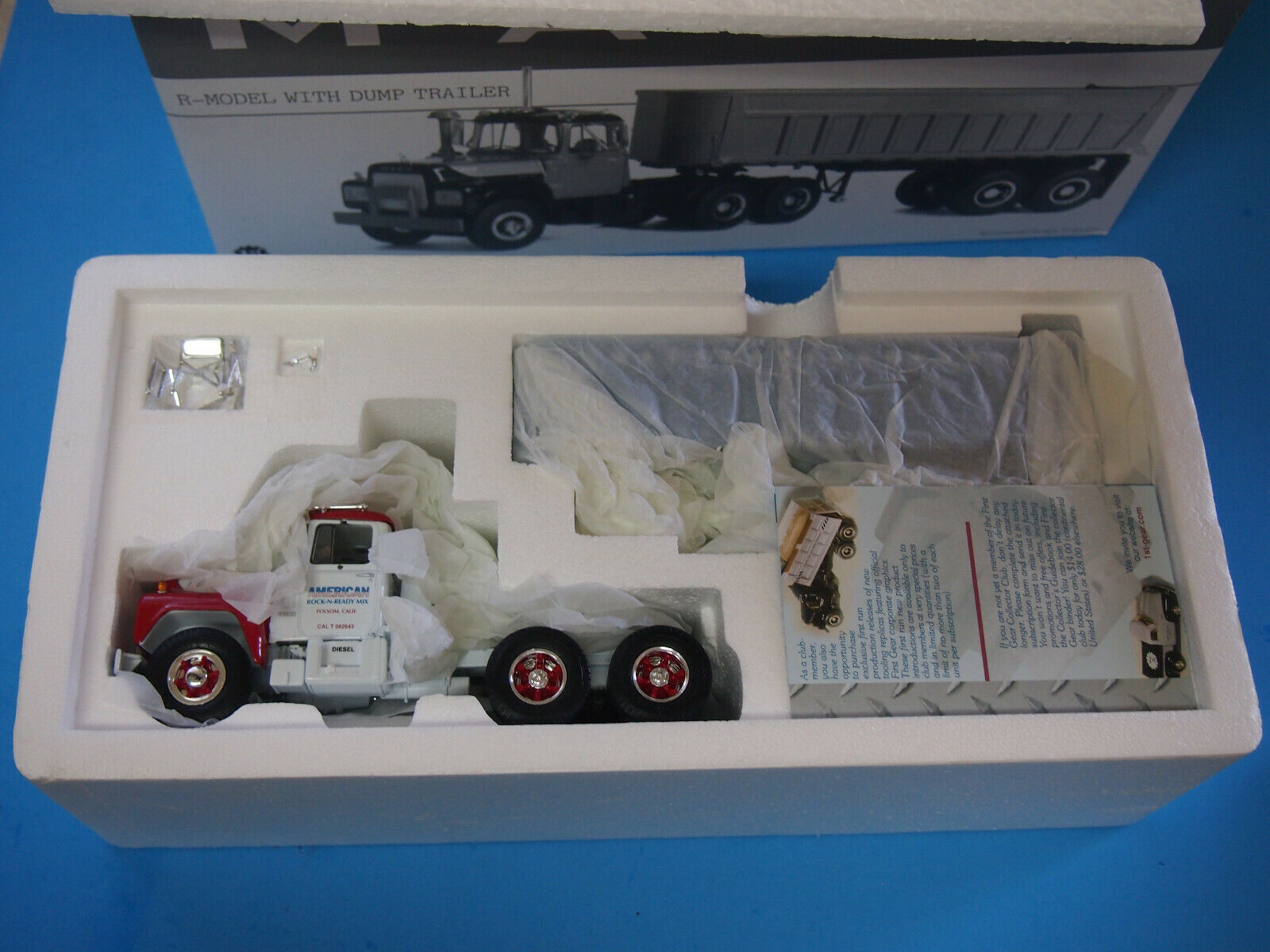First Gear  19-2535 Mack R-Modell Blau 1 34 Diecast Dump Truck Trailer Replica