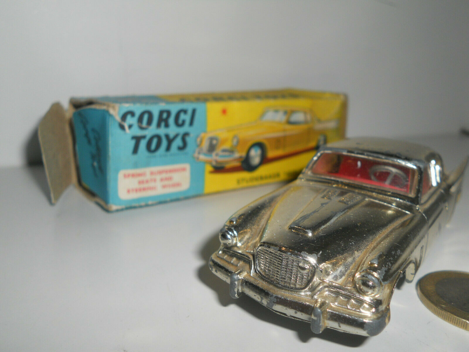 Corgi Toys Studebaker golden Hawk 211 S 701021