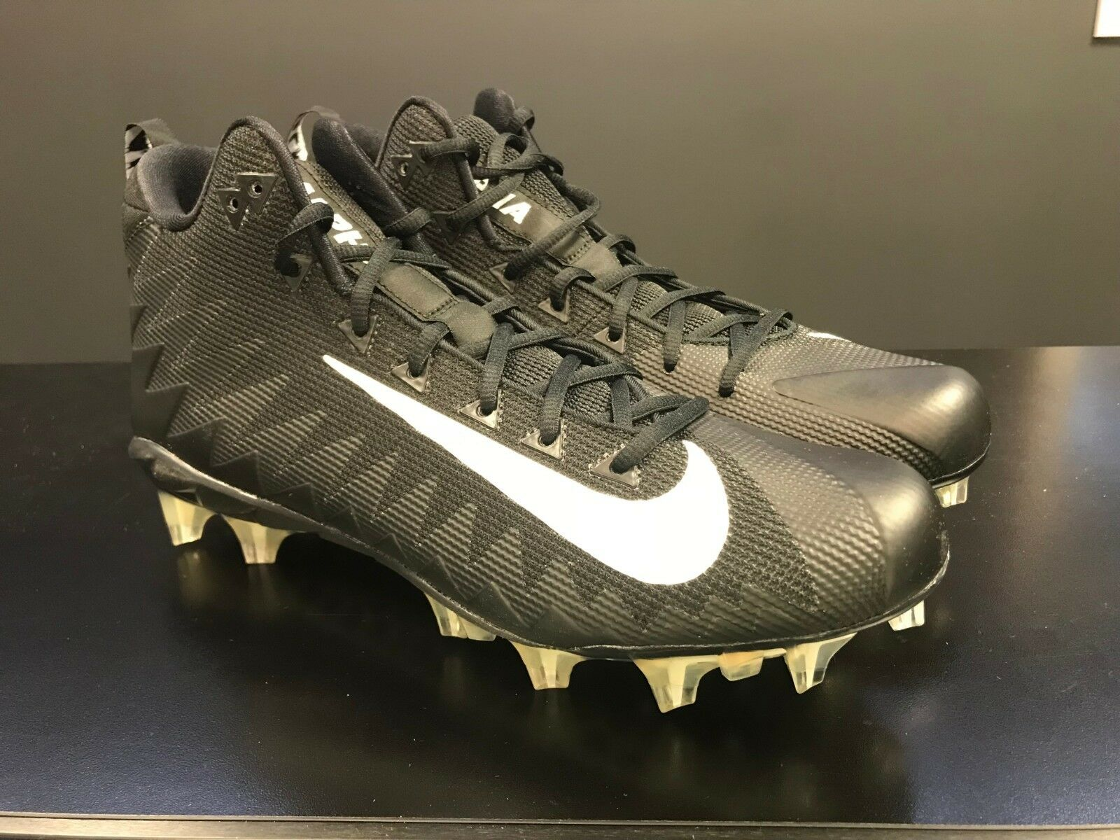 Nike Alpha Menace Pro Mid TD Football Cleats Black 915414-010, Men Size 14