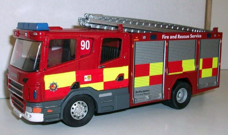 Fire Brigade Models Escala 1 50 - FBM1 Scania Bedfordshire Fire & Rescue Servicio