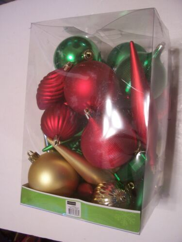42 RED GREEN GOLD SHATTER RESISTENT CHRISTMAS ORNAMENT DECORATION
