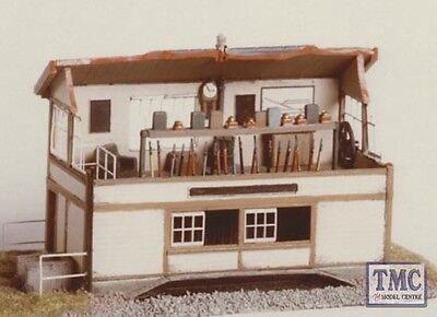 224 Ratio Signal Box Interior (inc. Window Frames) Etched Brass N Gauge Plastic