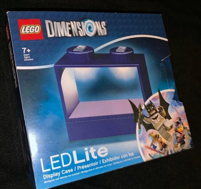 LEGO Blue LED Lighted Minifigure Keychain Display Case