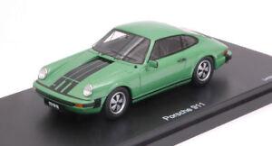 Porsche-911-Coupe-039-Green-Black-1-43-Model-8919-SCHUCO