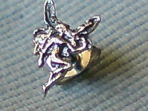 SINGLE STERLING SILVER PRETTY FAIRY DESIGN TINY 10mm STUD EARRINGS 350  NWT - NR. EVESHAM, Worcestershire, United Kingdom - SINGLE STERLING SILVER PRETTY FAIRY DESIGN TINY 10mm STUD EARRINGS 350  NWT - NR. EVESHAM, Worcestershire, United Kingdom