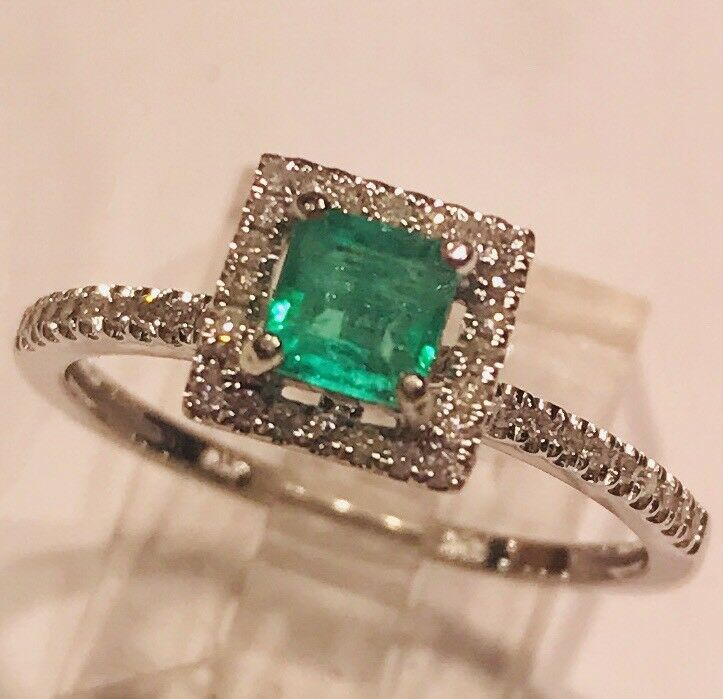 Natural Colombian Emerald princess cut  Real  Diamonds 10k White gold  Halo Ring