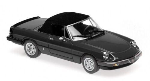Alfa Romeo Spider Black 1983 MINICHAMPS 1:43 940120760 Modellbau