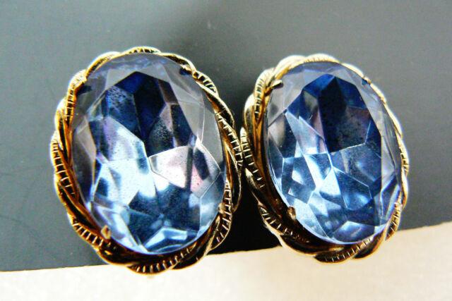Vintage Coro signed Gold tone metal Blue Crystal Rhinestones clip on earrings