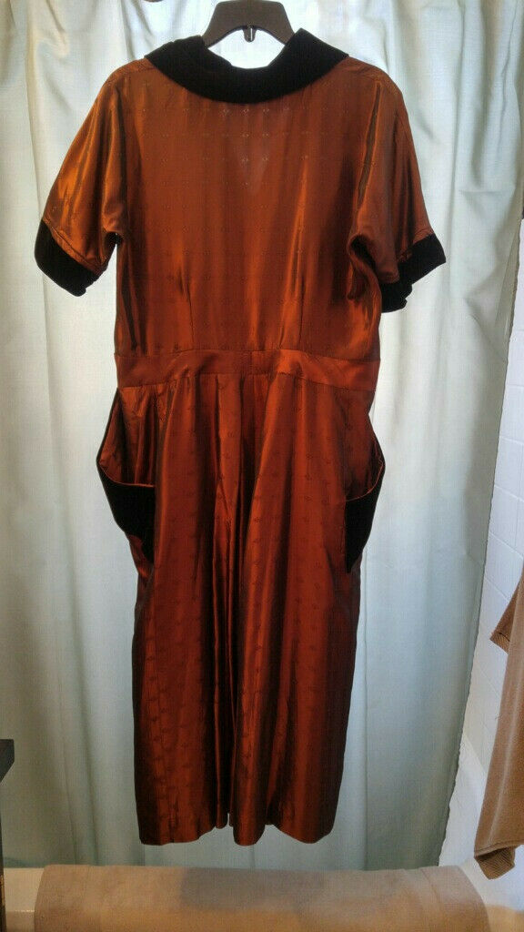 Vintage 40's 50's Women's Dress Handmade brown pa… - image 2
